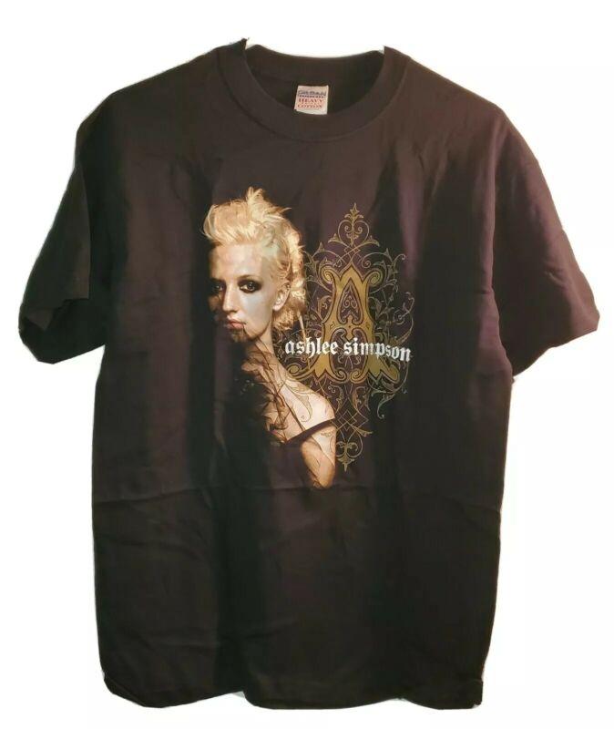 Ashlee Simpson Love Tour T-shirt Size Medium M - L.o.v.e. Tour - Brand New Rare