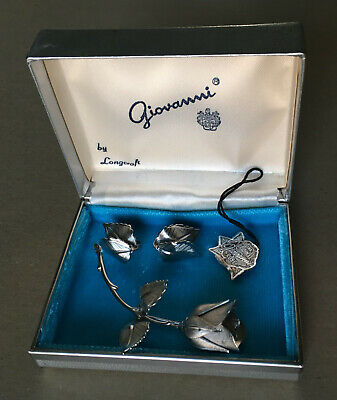 Giovanni Rose 3 piece set – pin earrings – original box & tag, all pieces signed