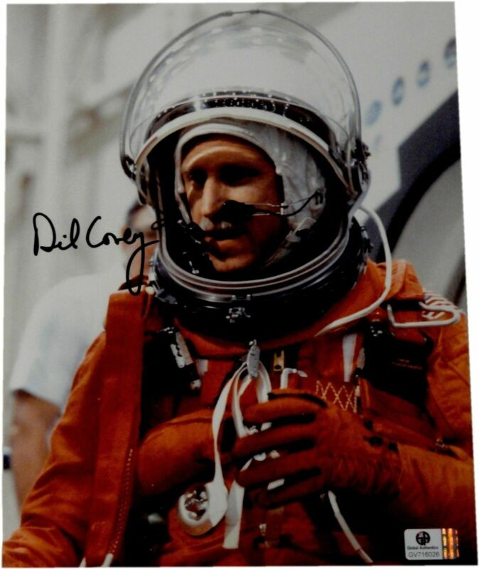 Richard Covey Hand Signed Autographed 8x10 Photo From 2005 Astronauts GA