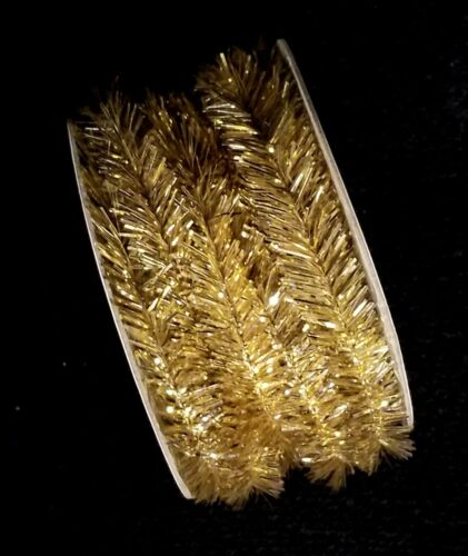 Five Yard Spool Of Miniature Wired Old Fashion Gold Christmas Tinsel