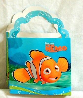 NEW FINDING   NEMO   8- PAPER TREAT BOXES, HALLMARK    PARTY SUPPLIES ()