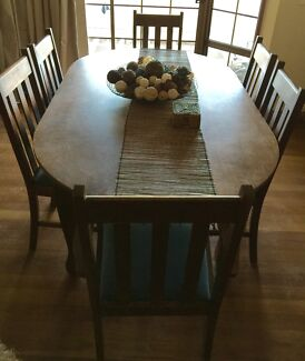 Dining Table & 6 Chairs Merrimac Gold Coast City Preview