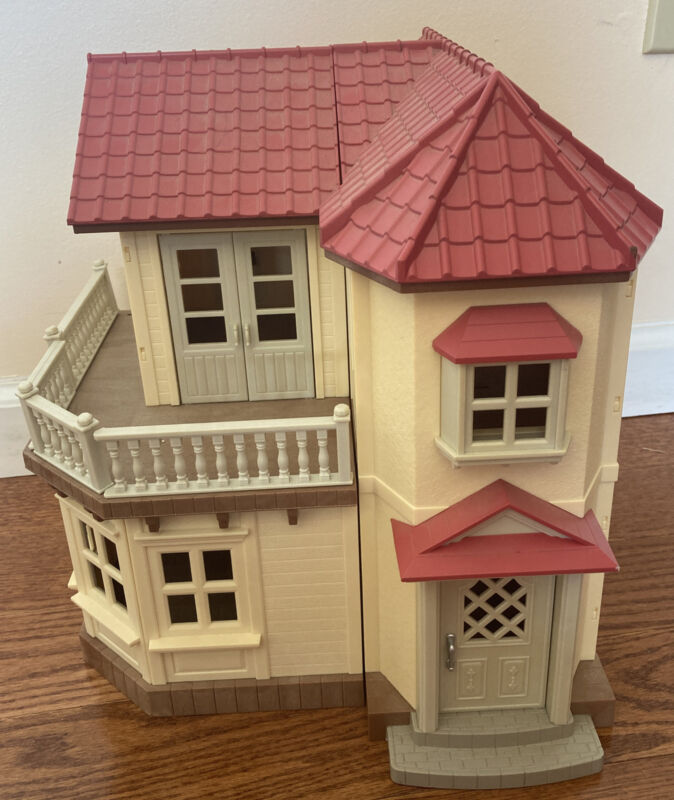 Epoch Sylvanian Family Calico Critter Red Roof Light Up Luxury Townhome House