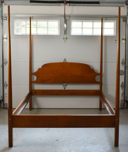 J.L. Treharn Tiger Maple Four Pencil Post Bed with Headboard Bench Made