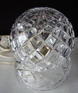 VINTAGE CRYSTAL BEDSIDE TABLE LAMP - IN WORKING ORDER - (1) Cooranbong Lake Macquarie Area Preview