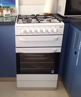 4 month old chef fan forced gas upright oven / stove under wrty Toukley Wyong Area Preview