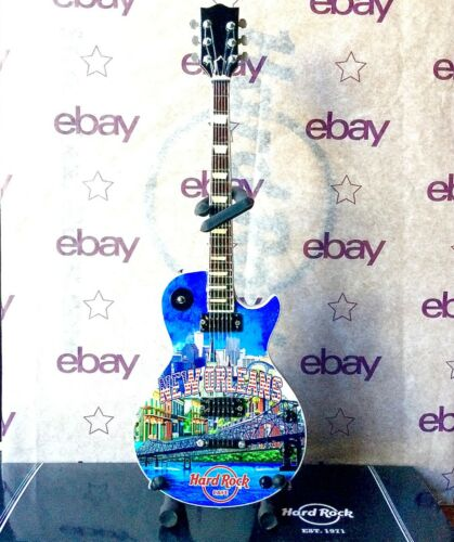 2021 HARD ROCK CAFE NEW ORLEANS COUNTRY COLORS MINI CITY GUITAR W/ STAND & BOX