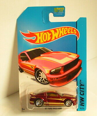 Hot Wheels 2014 Super Treasure Hunt '07 Ford Mustang w/ Real Riders