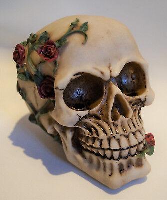 Gothik Hochzeit Tischdeko Schädel mit Rosen Skulls TD0087 (2)