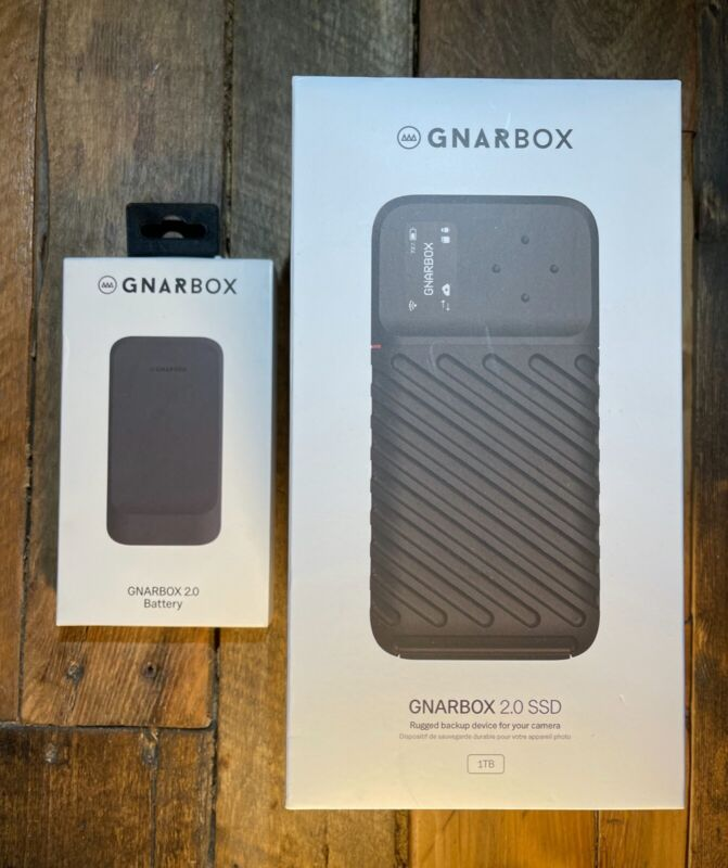 Gnarbox 2.0 Rugged 1TB SSD and Mobile Back-up System + Extra battery