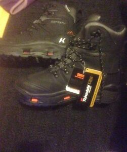 BRAND NEW SIZE 10 MENS WORK KORKERS