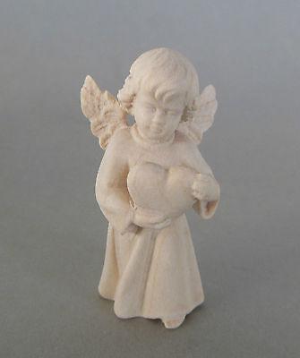 Engel mit Herz ca. 5 cm hoch, Holz geschnitzt natur, Weihnachtsengel  508-05