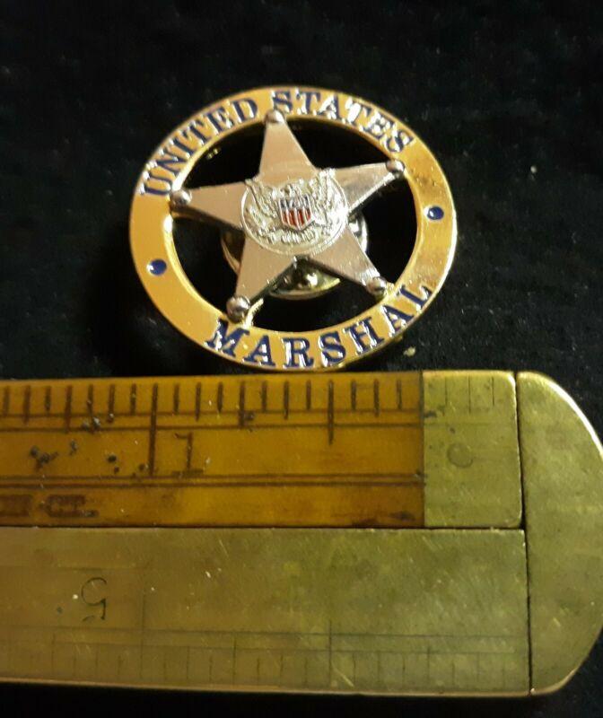 US MARSHAL POLICE UNITED STATES MARSHAL LAPEL PIN BADGE MINT