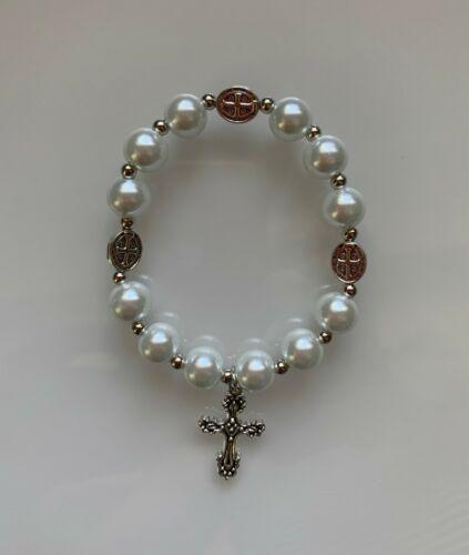 St Saint Benedict Stretch Pearl Bracelet with Medal San Benito Perla Brazalete
