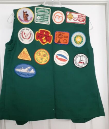 Vintage Girl Scouts Vest Hoosier Indiana Badges Patches Junior Aide 1980