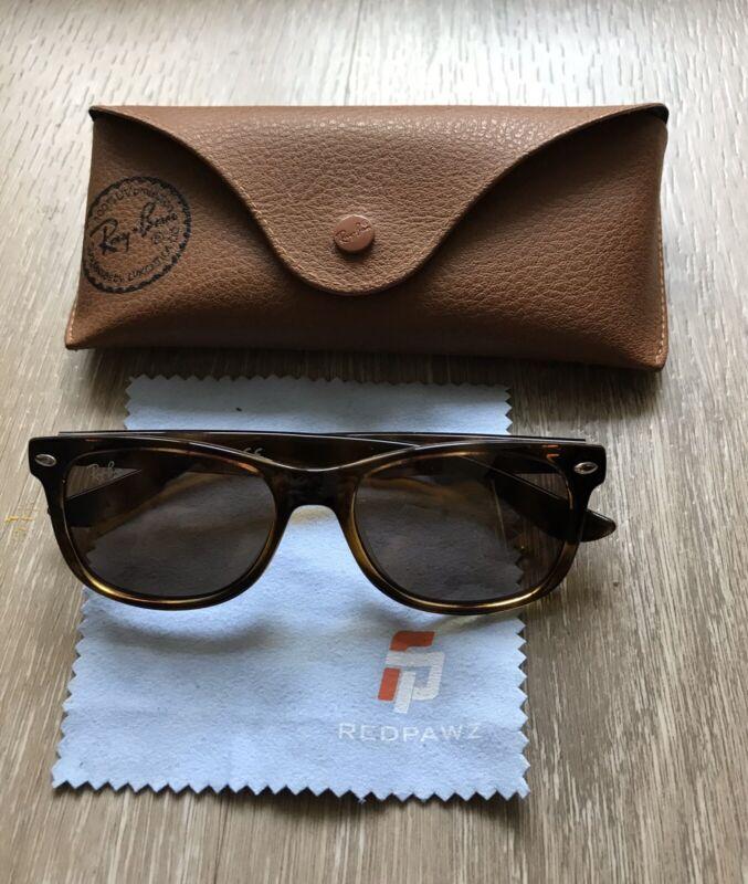 Ray-Ban Junior Unisex Sunglasses w/ Case