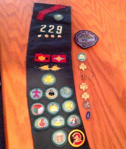 Vintage Girl Scout 1942 6A Memerbership Stamped Pin, 50
