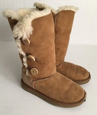 Ugg Bailey Button Triplet Tall Boots Chestnut Leather Youth Girls Sz. 1 Kids