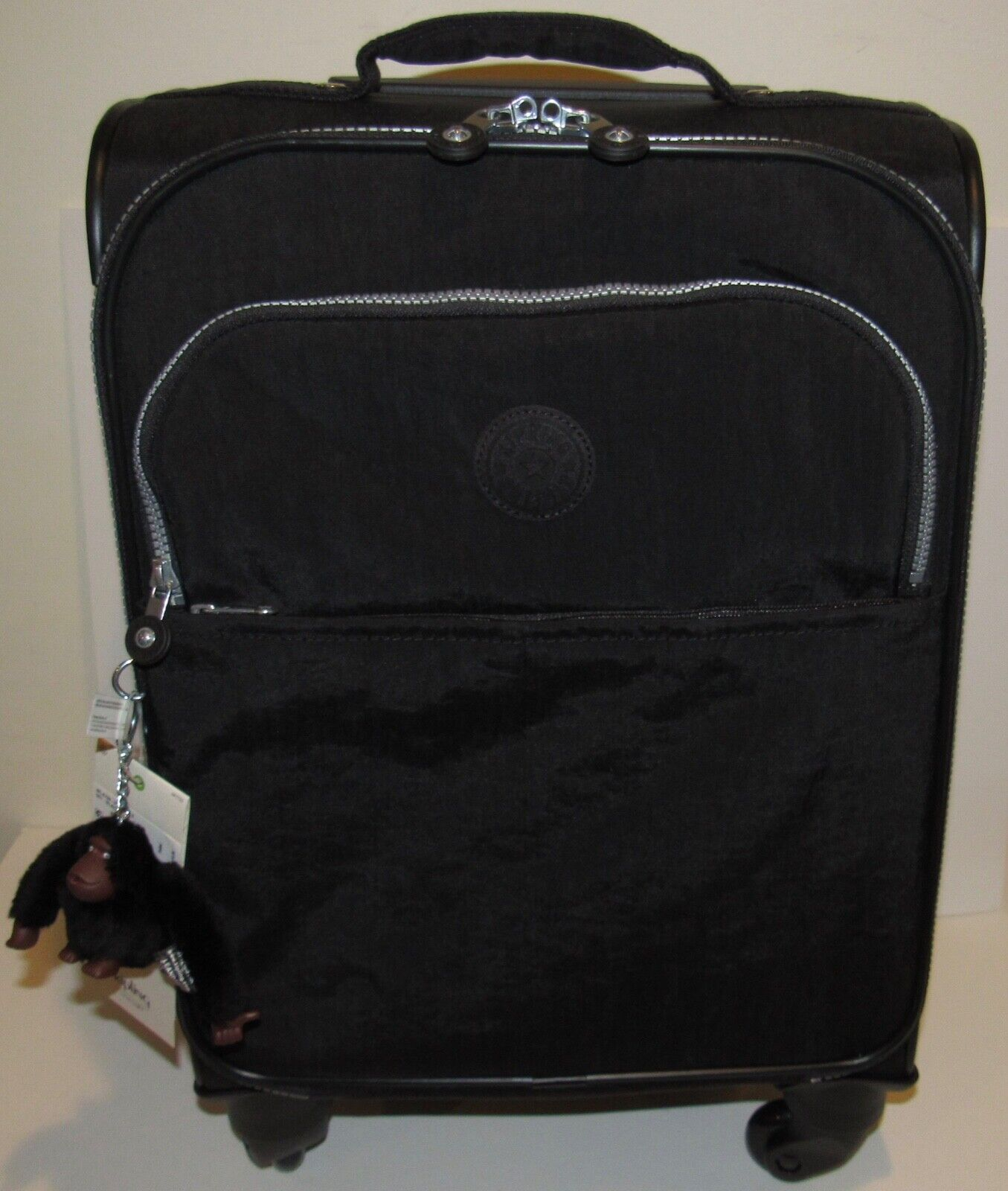 22 inch carry on rolling suitcase black