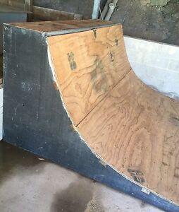 Skate ramp Tingira Heights Lake Macquarie Area Preview