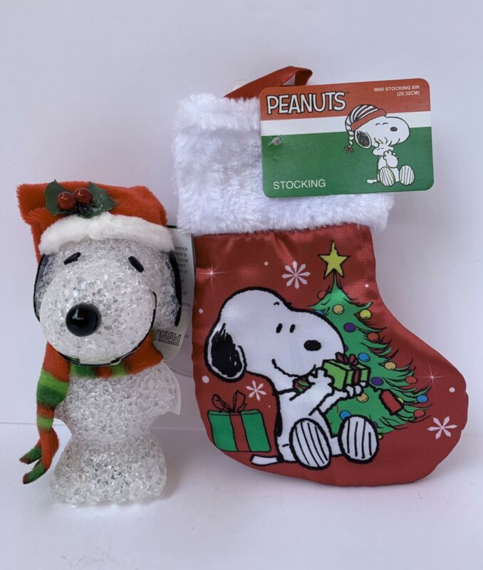 Peanuts Snoopy Christmas Color Changing Light-Up Figure & Stocking