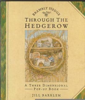 THROUGH THE HEDGEROW 3D Pop-Up Book ~ Jill Barklem 1st Ed HC 1993