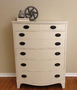 Beautiful Vintage Bow Front Dresser
