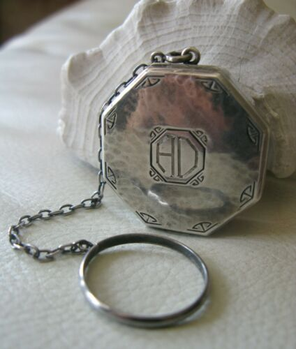 Antique Finger Ring WEBSTER HAMMERED STERLING SILVER Wool Puff Dance Compact AD