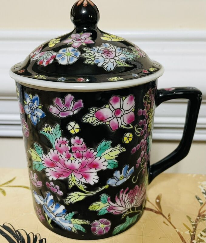 Zhongguo Jingdezhen China Famille Noir Lidded Mug Black Floral