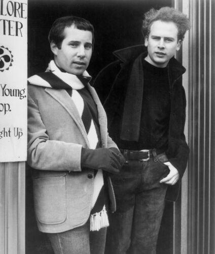 Simon & Garfunkel -  MUSIC PHOTO #14