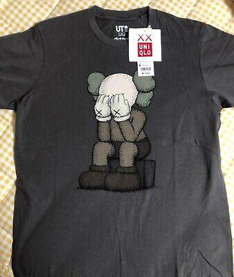"Kaws x Uniqlo UT 2016 Short Sleeve size M Graphic T-Shirt ""Passing Through"" Grey"