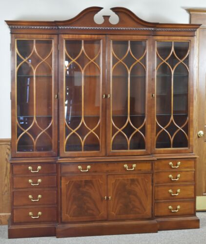 Hickory Chair James River Collection Chippendale Style Breakfront China Cabinet
