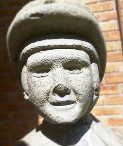 Jockey Statue Redcliffe Belmont Area Preview