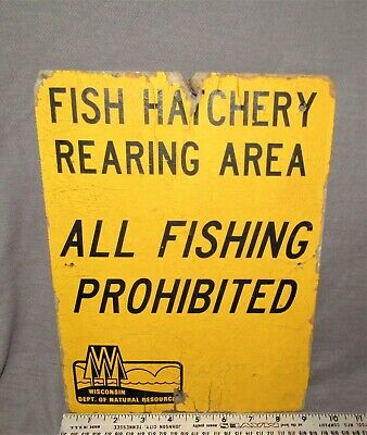 NOS RARE ORIGINAL VINTAGE 1940/'s FISH AND GAME WATERFOWL HUNTING EMBOSSED SIGN