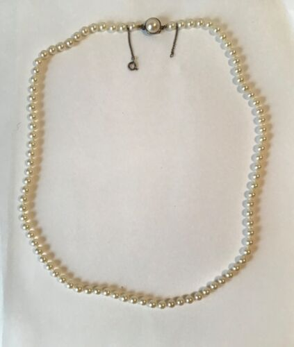 Vintage STERLING SILVER PEARL HAND STRUND BEADED NECKLACE JEWELRY
