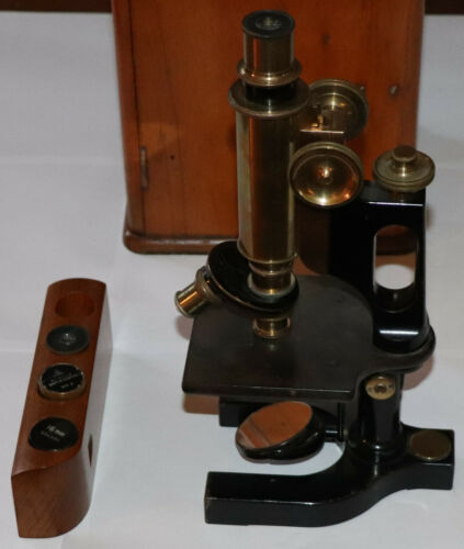 1912 ANTIQUE BAUSCH & LOMB BRASS JUG HANDLE OPTICAL MICROSCOPE # 90822 + case