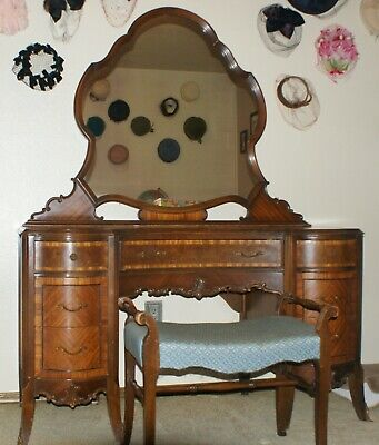 Antique Vintage Victorian Style 7-Drawer Vanity with Mirror and Matching Stool Vogue Vanity Stool