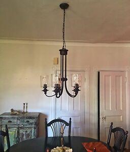 Lampe suspendu à vendre 120$
