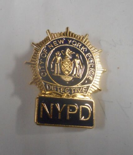 "New York City Detective Lapel Hat Pin Aprox 1"" Wide & 1 1/2"" High"