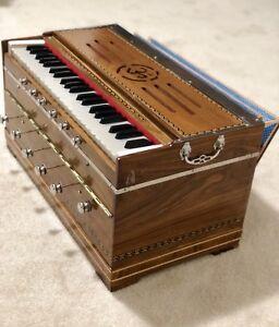 Full Size Harmonium