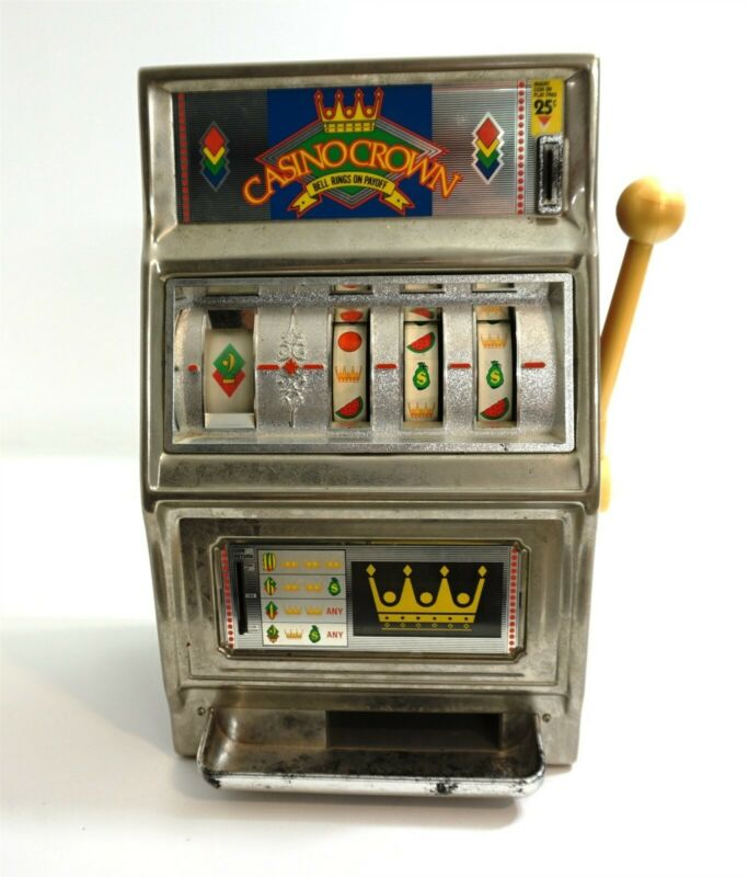 "WACO CASINO CROWN 25 CENT TOY SLOT MACHINE 16"" TALL JAPAN ~ WORKS BUT SOLD AS-IS"