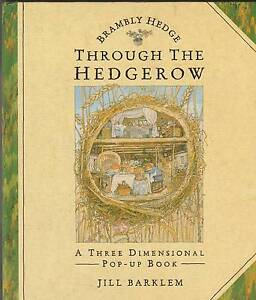 BRAMBLY HEDGE: THROUGH THE HEDGEROW 3D Pop-Up Book ~ Jill Barklem Perth Region Preview