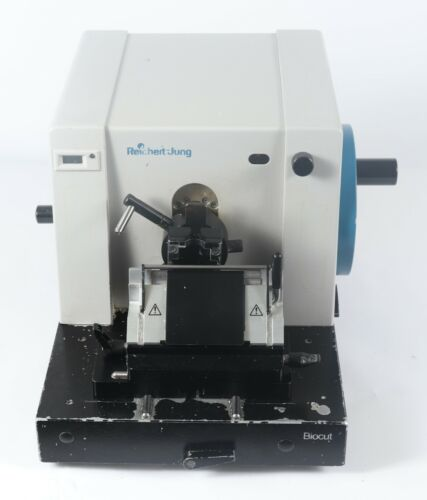 Riechert-Jung Biocut 2030 Rotary Microtome with Knife Holder Blade Assembly