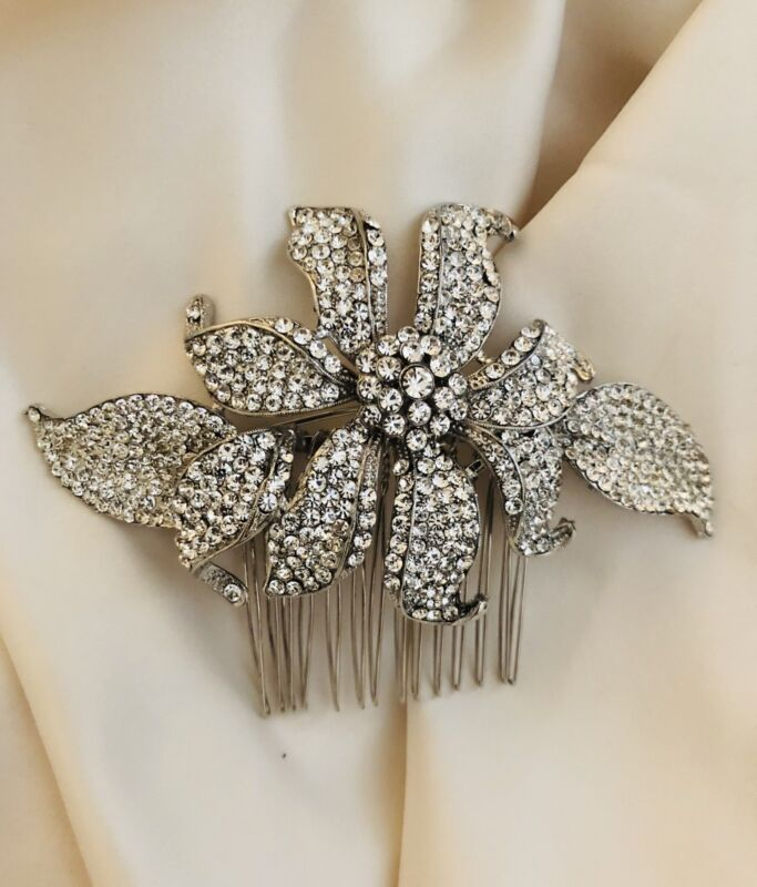 New Crystallized Floral Hair Comb Austrian Crystal Silver Tone