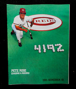 1985 CINCINNATI REDS PETE ROSE COVER  SCOREBOOK PROGRAM