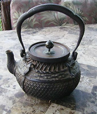 Old Japanese Cast Iron Tetsubin Teapot with Signed Bronze Lid