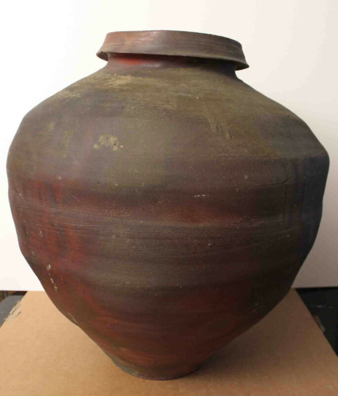 Listed American Pottery Artist Paul CHALEFF, Signed Very Lage Vase