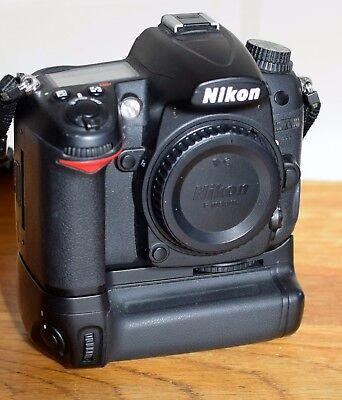 Nikon D7000 Digital SLR Camera Body w/ Extras
