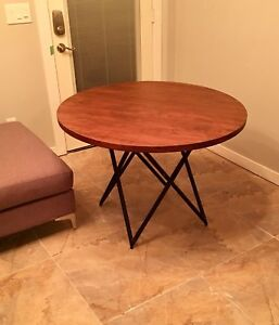 SOLID WOOD DINING TABLE WITH METAL LEGS