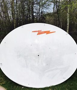 3 meter Andrew commercial satellite dish, antenna and mount